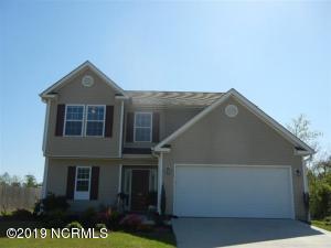 118 Camellia Creek Drive, Richlands, NC 28574