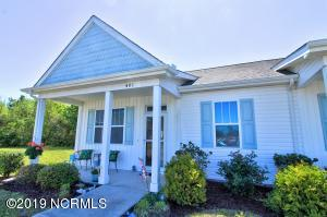 401 Pirates Landing Drive, Beaufort, NC 28516