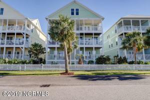 118 Green Turtle Lane, Carolina Beach, NC 28428