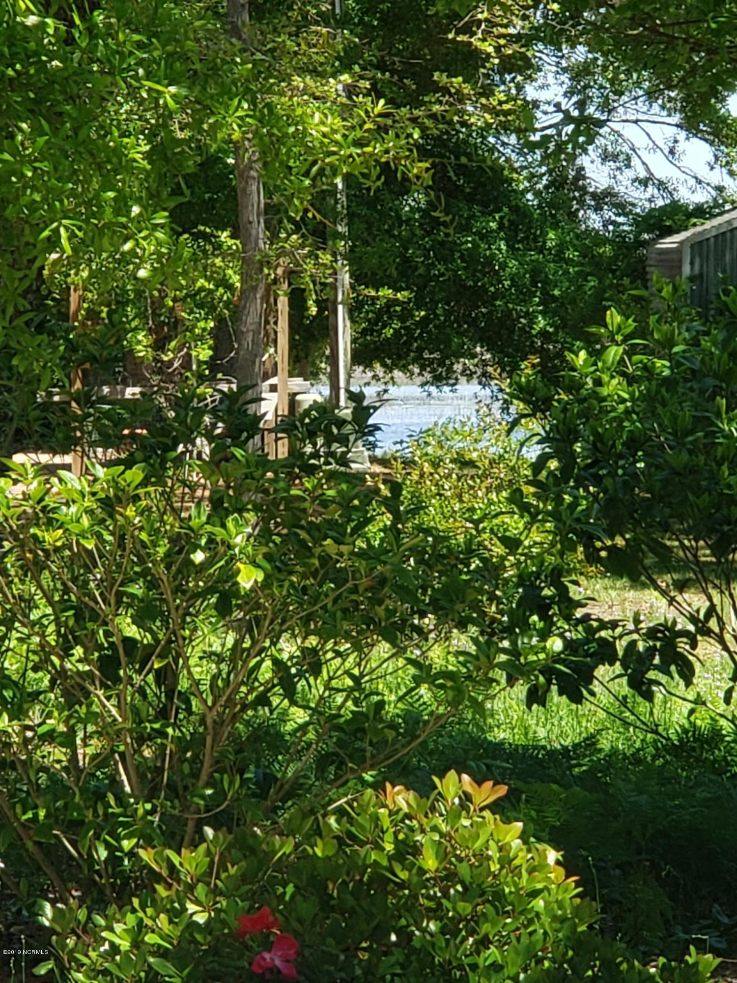 6903 E Yacht Drive Oak Island, NC 28465