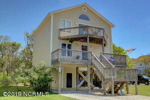 21 S Oak Drive, Surf City, NC 28445