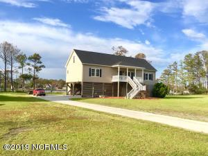 121 Middens Creek Drive, Smyrna, NC 28579
