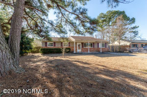 504 Holly Court, Jacksonville, NC 28540