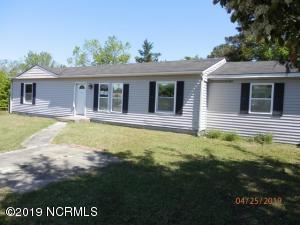 154 Freshwater Drive, Hubert, NC 28539