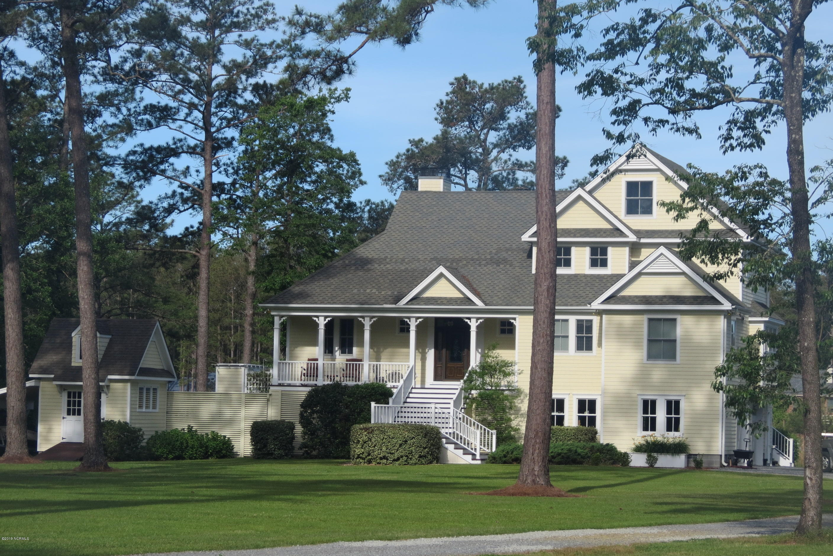 Superb Tidewater Listings Waterfront Homes Tidewater Real Estate Beutiful Home Inspiration Aditmahrainfo