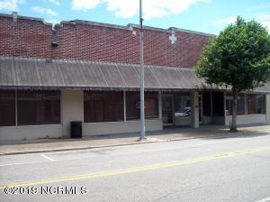 809 S Madison Street, Whiteville, NC 28472