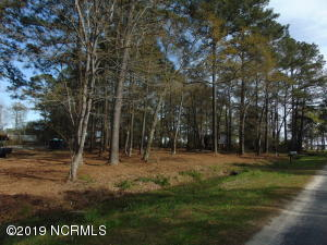 Lot 4 4, 5, 5a, 6, 6a Duck Road, Bath, NC 27808
