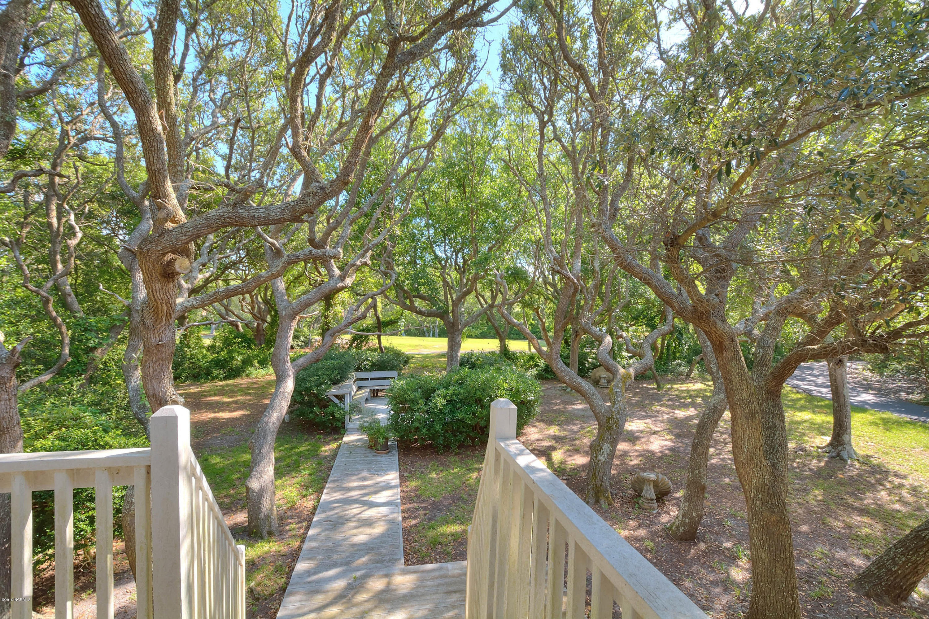 725 Country Club Drive Oak Island, NC 28465