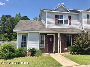 306 Pinegrove Court, Jacksonville, NC 28546