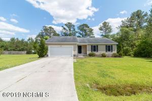 106 Camellia Creek Drive, Richlands, NC 28574