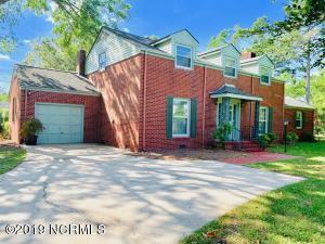 300 Brentwood Avenue, Jacksonville, NC 28540