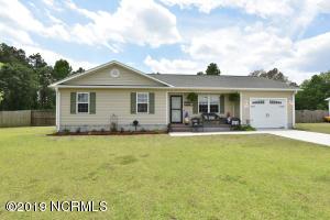 106 Lois Court, Richlands, NC 28574