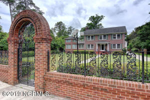 112 Forest Hills Drive, Wilmington, NC 28403