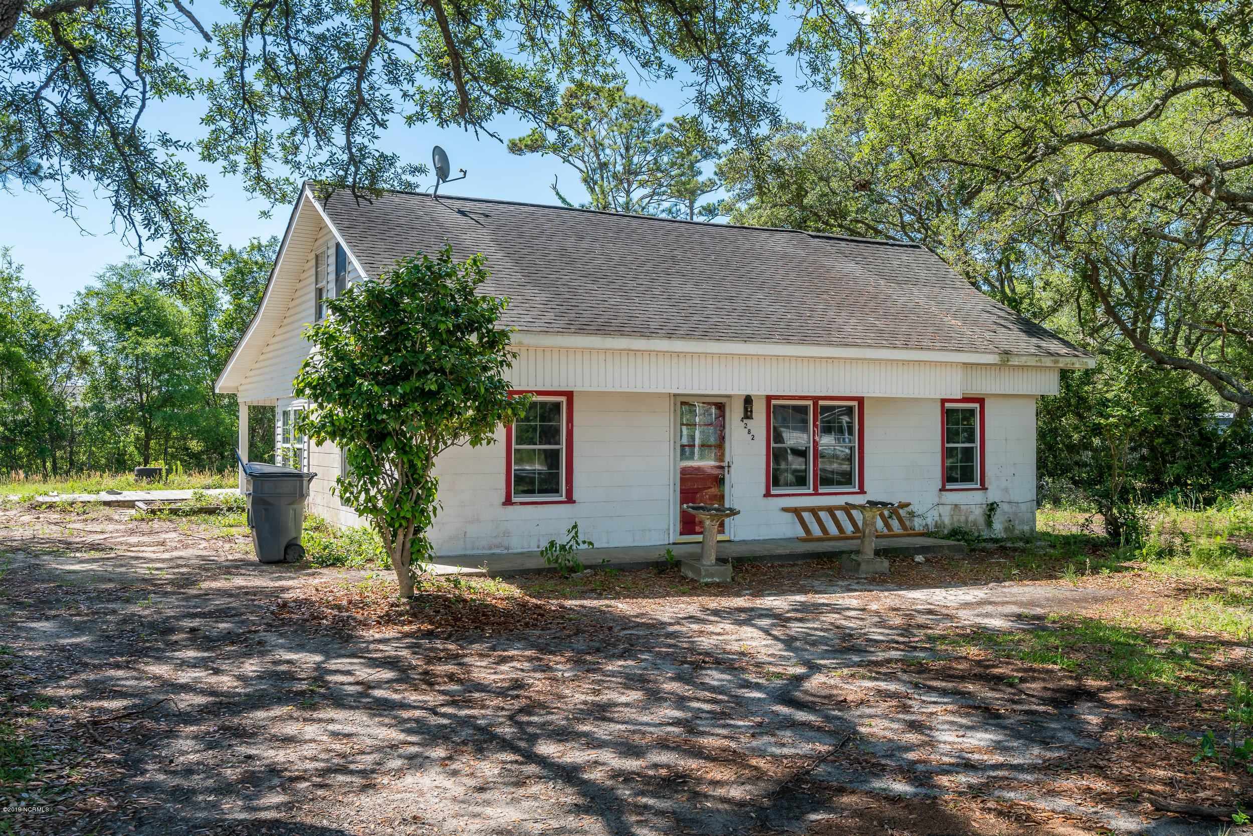 4268 Long Beach Road Southport, NC 28461