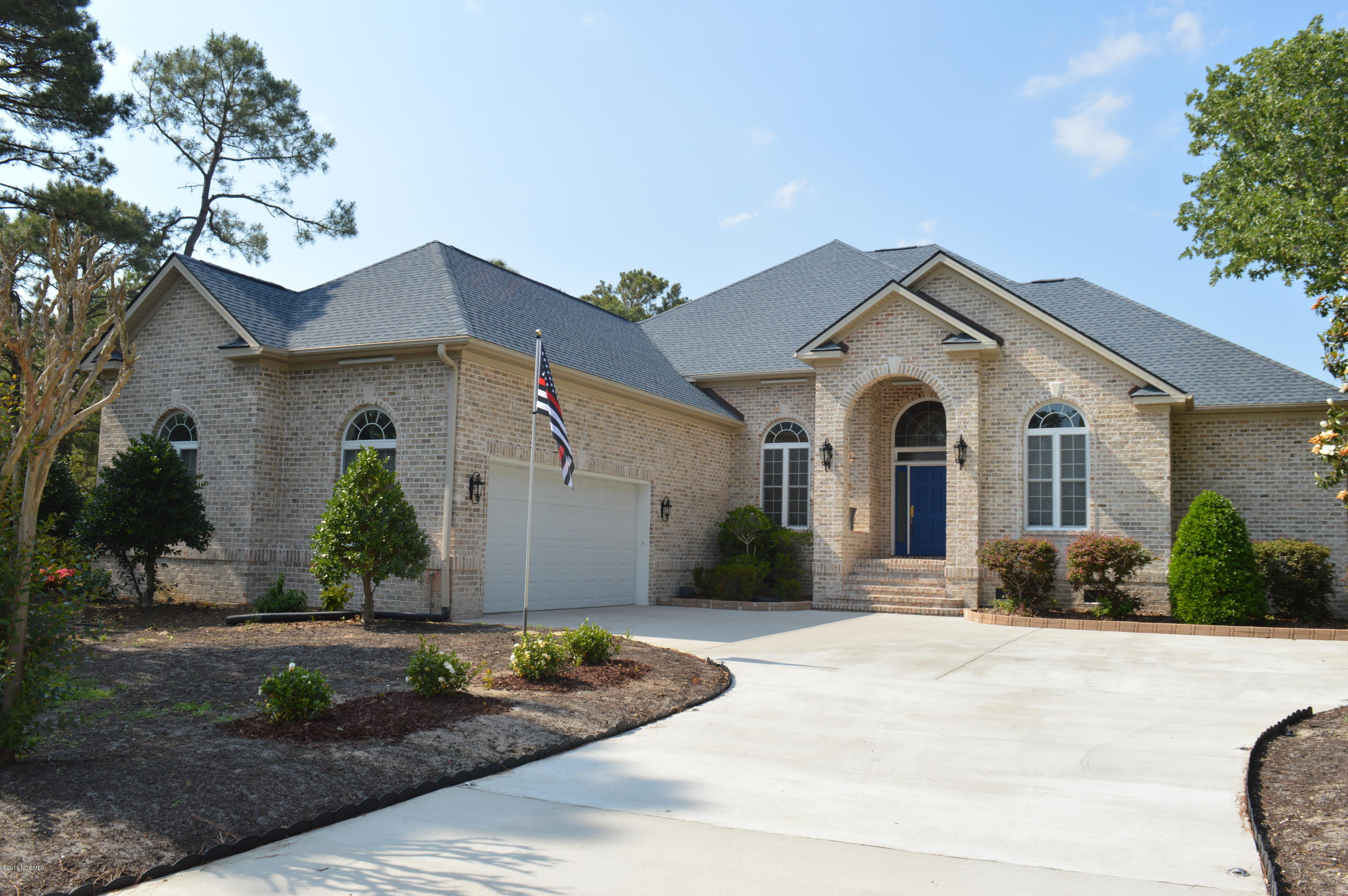 2648 St James Drive Southport, NC 28461