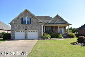 706 Highlands Drive, Hampstead, NC 28443