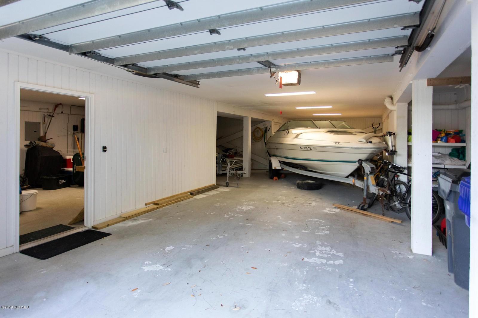 504 W Yacht Drive Oak Island, NC 28465