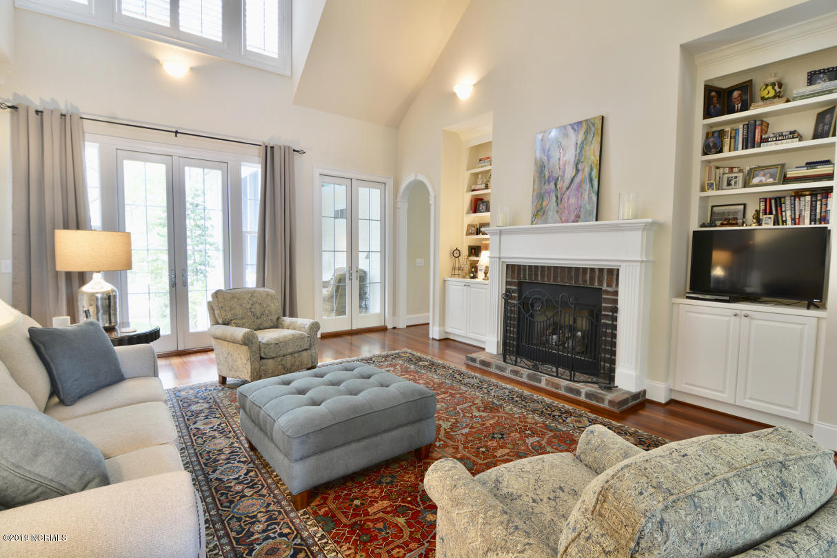 5111 Prices Creek Drive Southport, NC 28461
