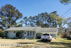 2526 E Forest Drive, Newport, NC 28570