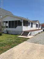 4043 4th Street, Surf City, NC 28445
