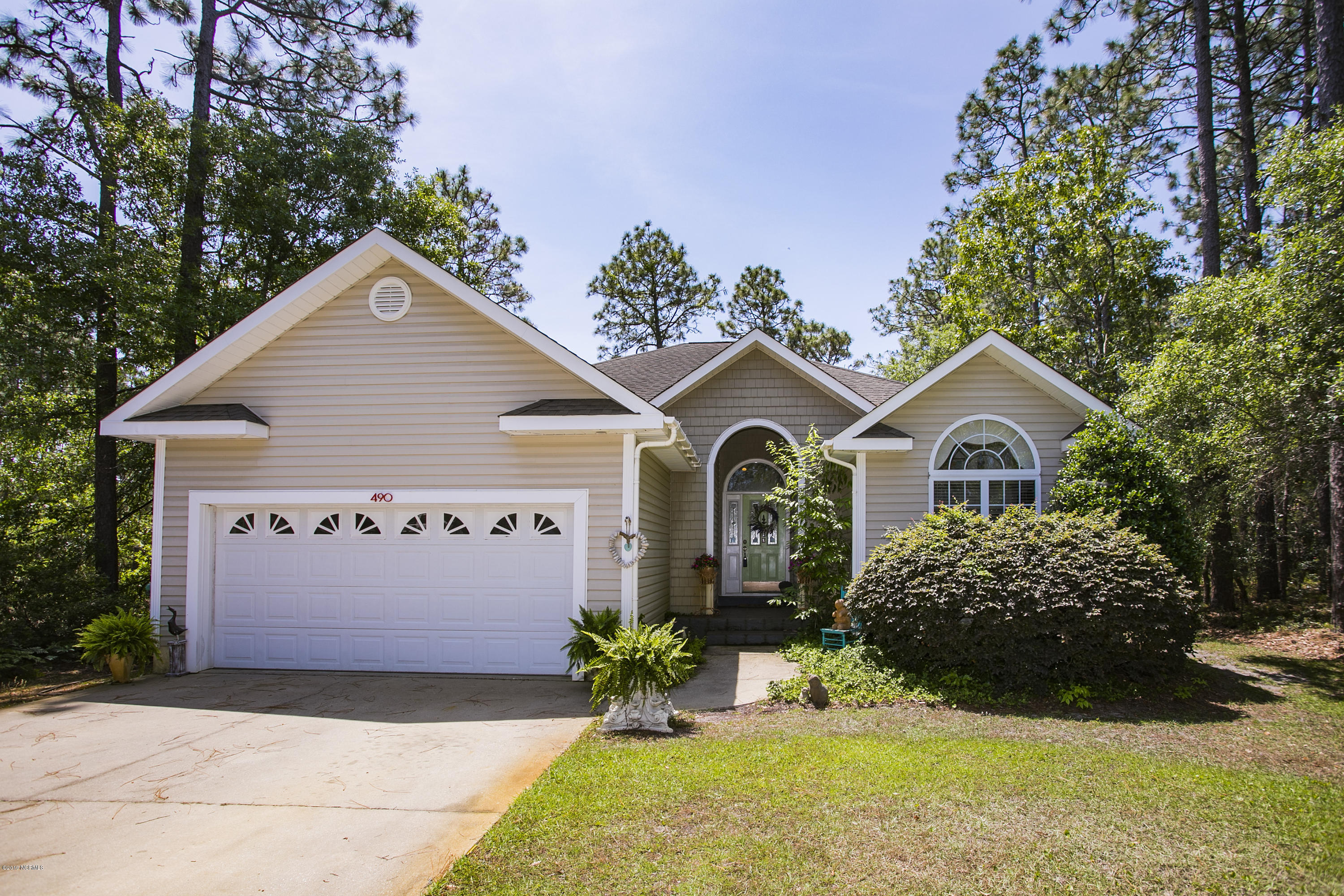 490 Fifty Lakes Drive Southport, NC 28461