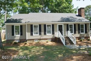 1710 Wallace Drive W, Wilson, NC 27893