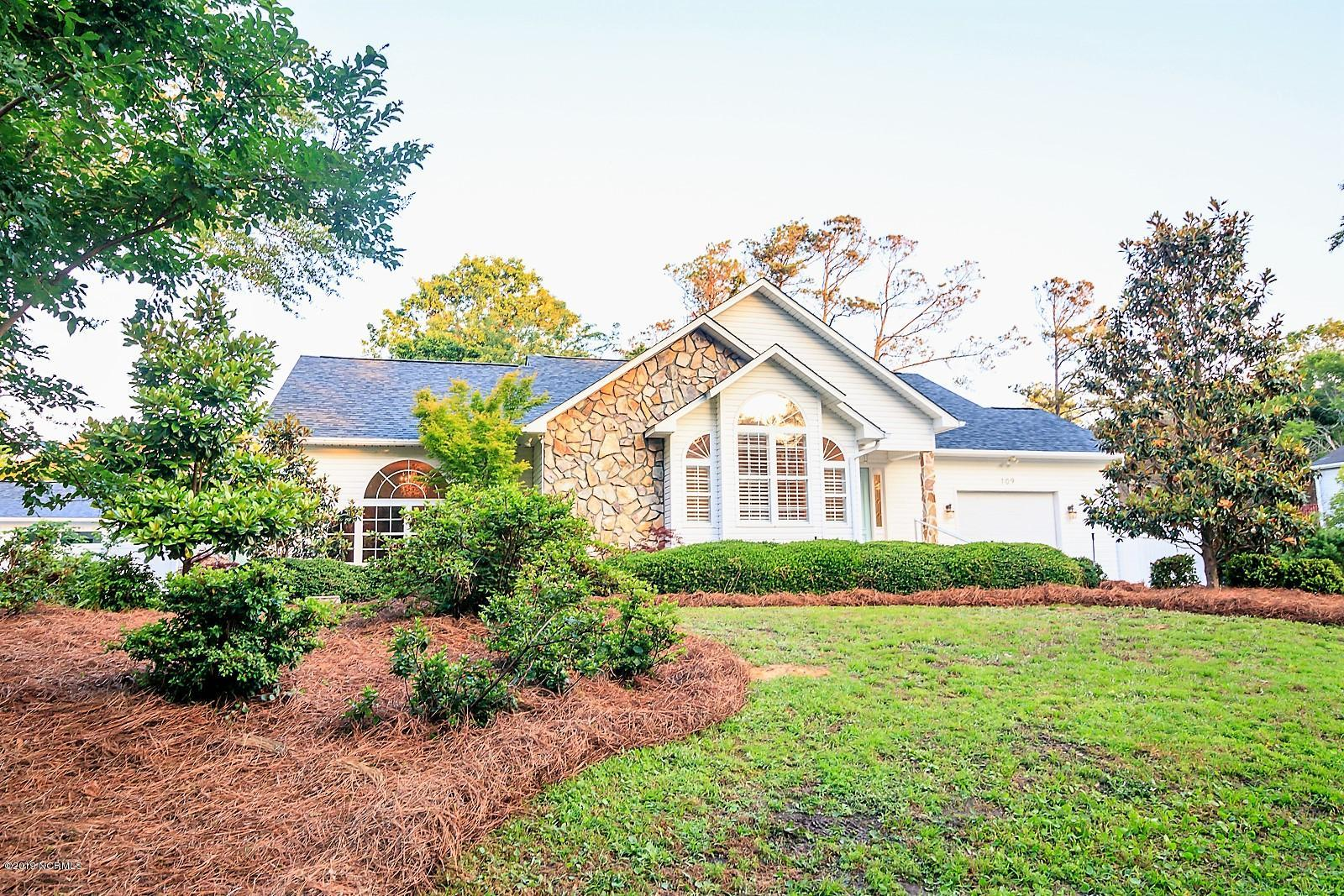109 SE 15th Street Oak Island, NC 28465