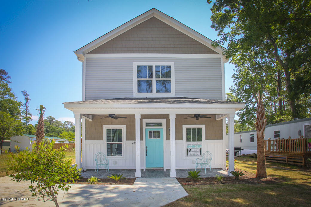 218 NE 76TH Street Oak Island, NC 28465