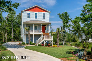 335 Aster Place, Hampstead, NC 28443