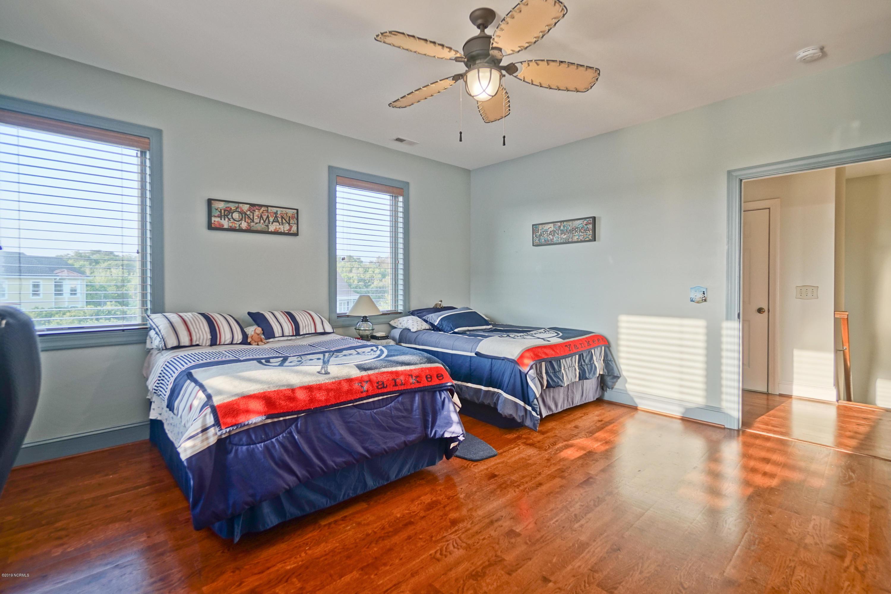 6705 Loggerhead Court Oak Island, NC 28465