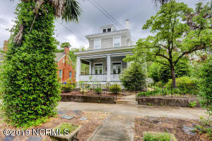 121 S 5th Avenue, Wilmington, NC 28401