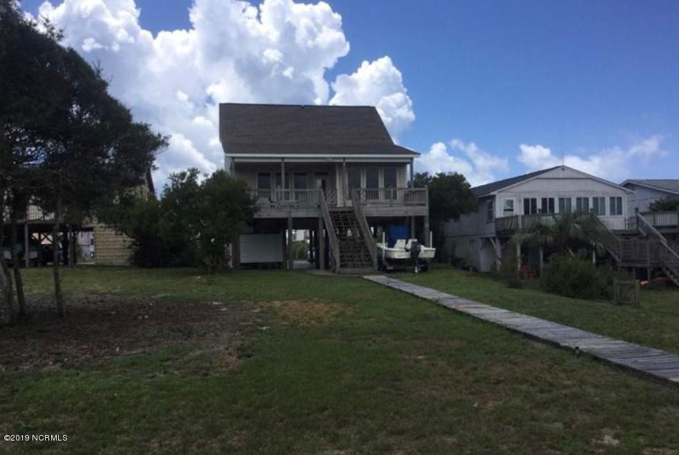 2518 W Pelican Drive Oak Island, NC 28465