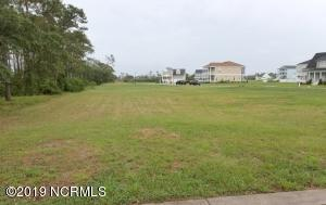 1403 Mainsail Road, Morehead City, NC 28557