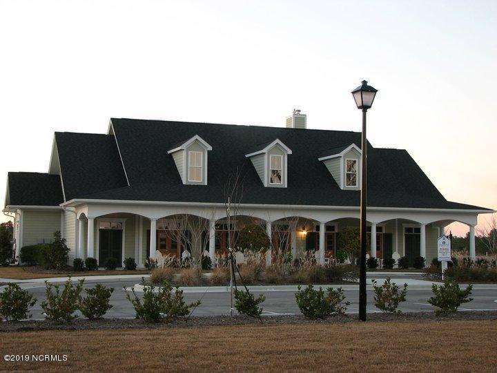 5017 W Chandler Heights Drive Leland, NC 28451