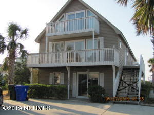 1402 N New River Drive, Surf City, NC 28445