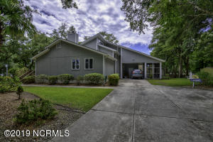 1026 Chadwick Shores Drive, Sneads Ferry, NC 28460