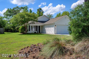 107 Bay Tree Circle, Hampstead, NC 28443