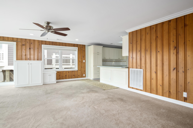126 Fayetteville Street Holden Beach, NC 28462