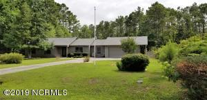 105 Buccaneer Court, Swansboro, NC 28584