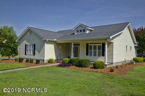 103 Sleepy Court, Morehead City, NC 28557