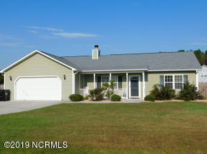 314 Top Knot Road, Hubert, NC 28539