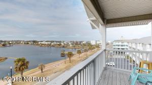 608 Carolina Beach Avenue S, 201, Carolina Beach, NC 28428