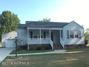 516 E Calhoun Street, Whiteville, NC 28472