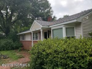 810 Francis Marion Drive, Wilmington, NC 28412