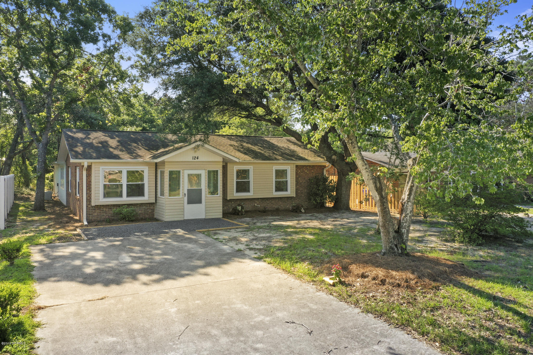 124 NE 38th Street Oak Island, NC 28465