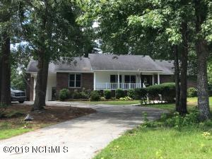 806 Pine Valley Court, Jacksonville, NC 28546