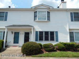 3800 Sterling Pointe Drive, A4, Winterville, NC 28590