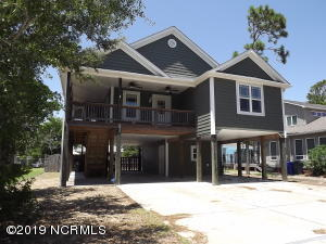 213 NE 64th Street, Oak Island, NC 28465