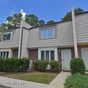 610 Cobblestone Drive, Wilmington, NC 28405