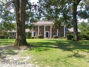 415 Whitebridge Road, Hampstead, NC 28443